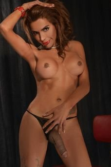 Mara, Travesti en Madrid