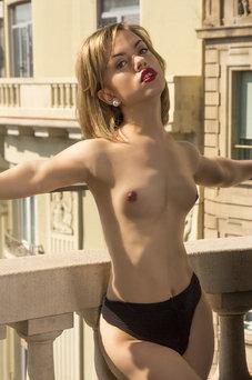 Marilyn, Agenzia a Barcellona