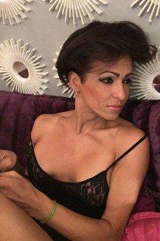 Luciana Santos, Trans a Barcellona