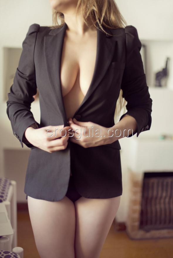Sweeties, my name is Suzy, the most elegant escort