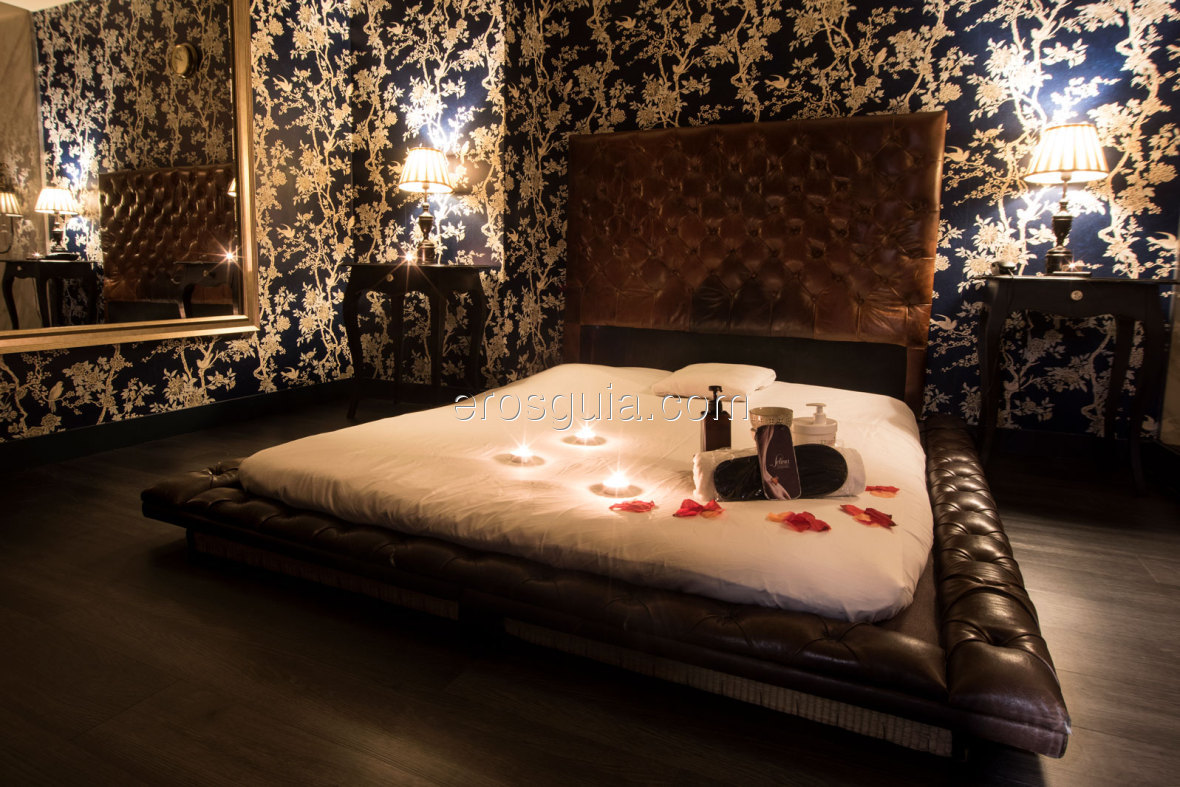 4 rooms offering the ultimate luxury: bed, comfortable bath and tatamis
