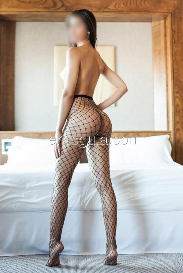 As you can see in my photos, I'm an elegant girl, affectionate, sensual,...